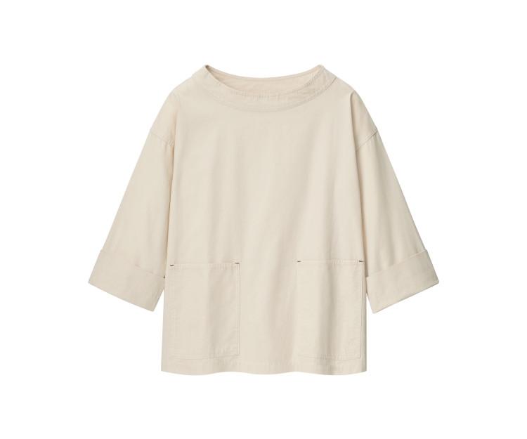 「ユニクロ アンド JW アンダーソン」2021春夏最新コレクション コットンリラックスプルオーバーシャツ(7分袖)¥2990