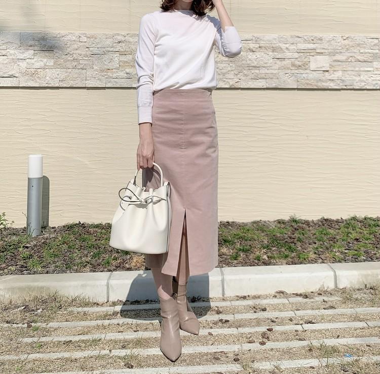 LOUNIEの桜色スカートで春コーデ_1