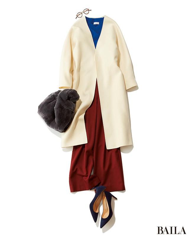 ホワイトコートが見違える! ブルー×赤みレッドで、新鮮冬コーデ♡_1