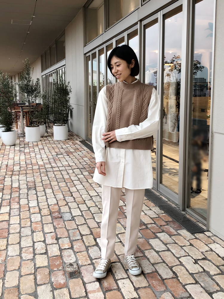 【UNIQLO U】新作オーバーシャツで作る淡色コーデ。_4