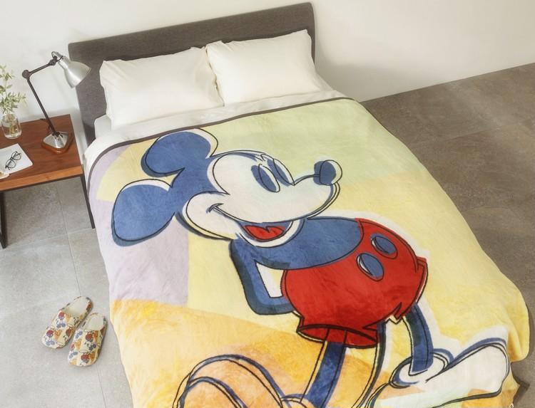 【ユニクロ(UNIQLO)】ミッキーマウス&アンディ・ウォーホルコラボ「DISNEY MICKEY MOUSE art by Andy Warhol(ディズニー ミッキー マウス アート バイ アンディ・ウォーホル)」ヒートテック毛布&ルームシューズ