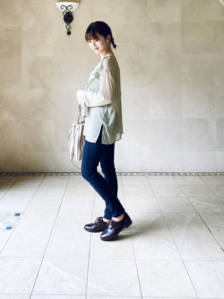 【UNIQLO】史上最強の美脚パンツでプチプラコーデ_3