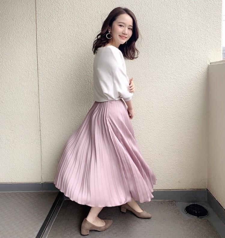 【#プリーツスカート】春を先取り!くすみピンクの大人かわいいコーデ_3