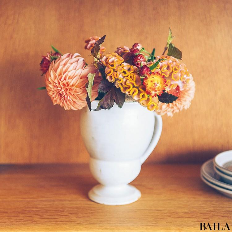 秋を呼び込む花・ケイトウを大人っぽく飾る【カトパンのあえて小さく飾る花レッスン】_5