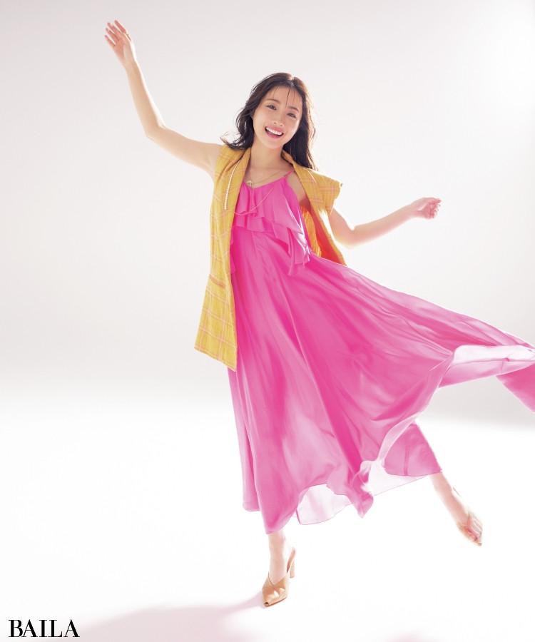 ピンクドレスの石原さとみ。女優という仕事について