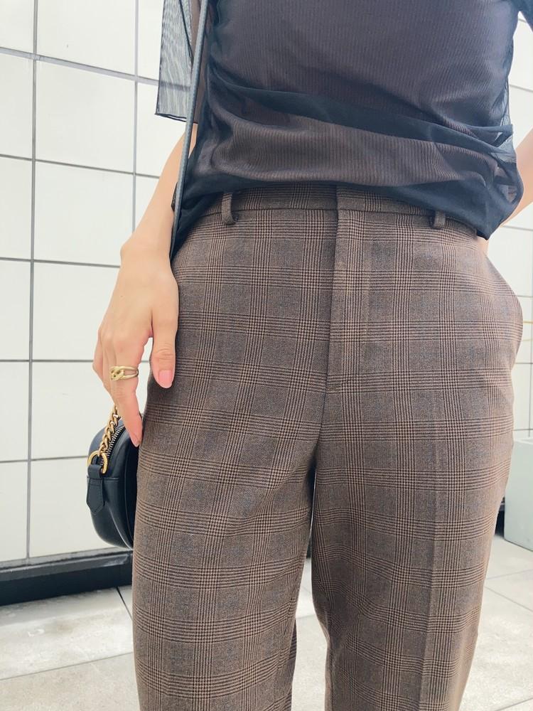 【ユニクロ】名品パンツで始めるブラウン秋コーデ♡_2