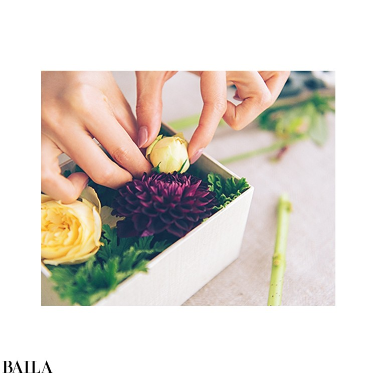 秋色の花々を箱詰めにして小さな贈り物【カトパンのあえて小さく飾る花レッスン】_7