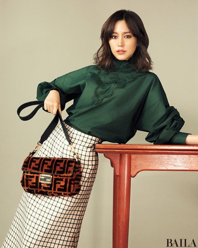 【桐谷美玲♡結婚おめでとう記念】ハイブランドの新作バッグたっぷり魅せます_1_6
