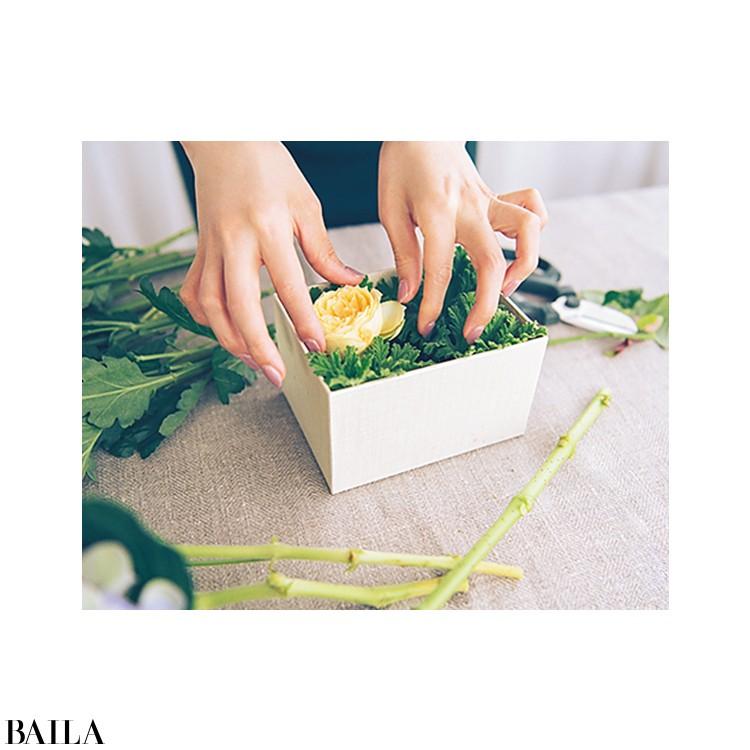 秋色の花々を箱詰めにして小さな贈り物【カトパンのあえて小さく飾る花レッスン】_6