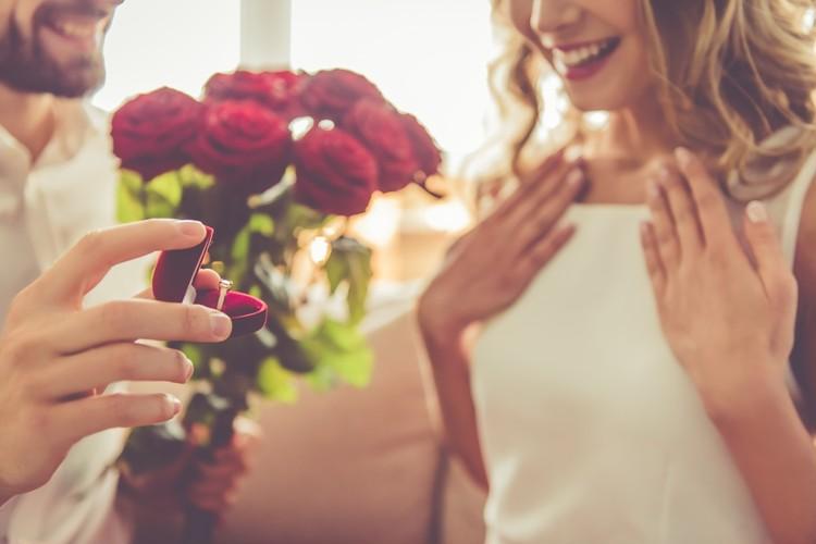 <<【前の記事】 Vol.54 マッチングアプリ『Pairs』で婚活→結婚した男子に取材!①アプリ検索マッチング編