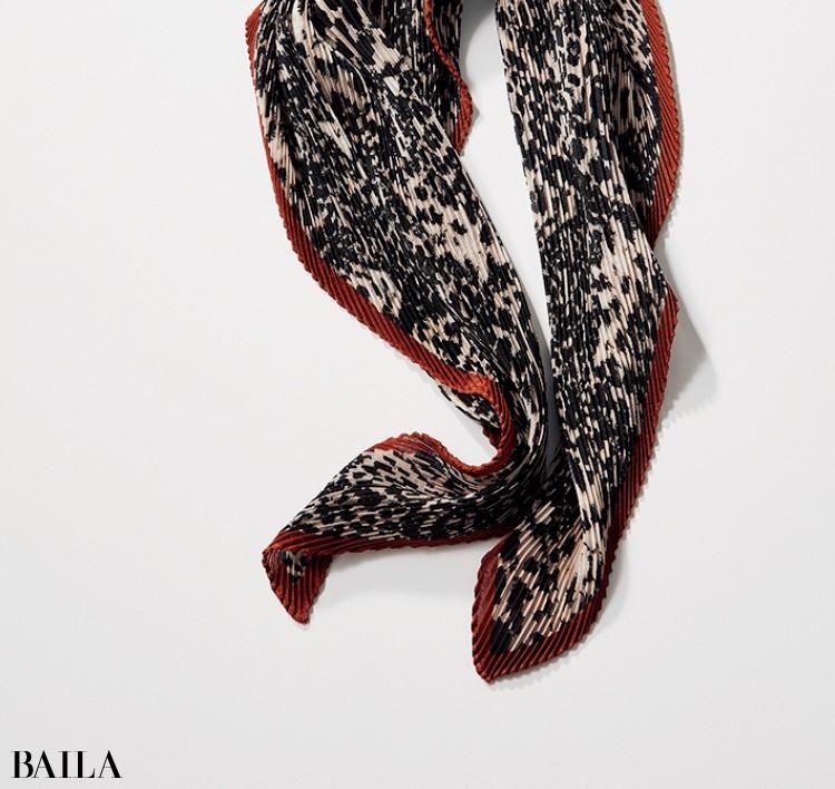 ベックソンダーガードのスカーフ