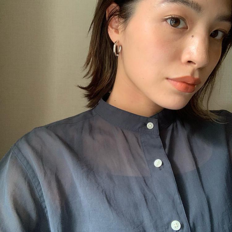【UNIQLO/ 着回し】シアーシャツが優秀。程よい透け感とカラーが高見え!_2