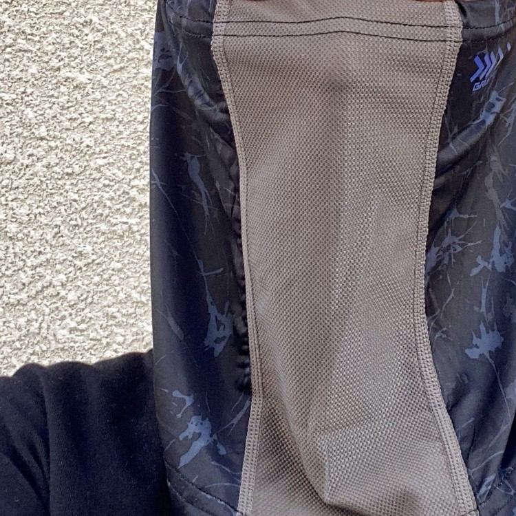 【ワークマン(WORKMAN)】暑い夏のマスク代用にお役立ち!? 接触冷感・吸水速乾・UVカット機能つきネックチューブ&フェイスカバー「クールシールド ネオ」_9