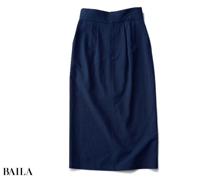 アンクレイヴのネイビータイトスカート