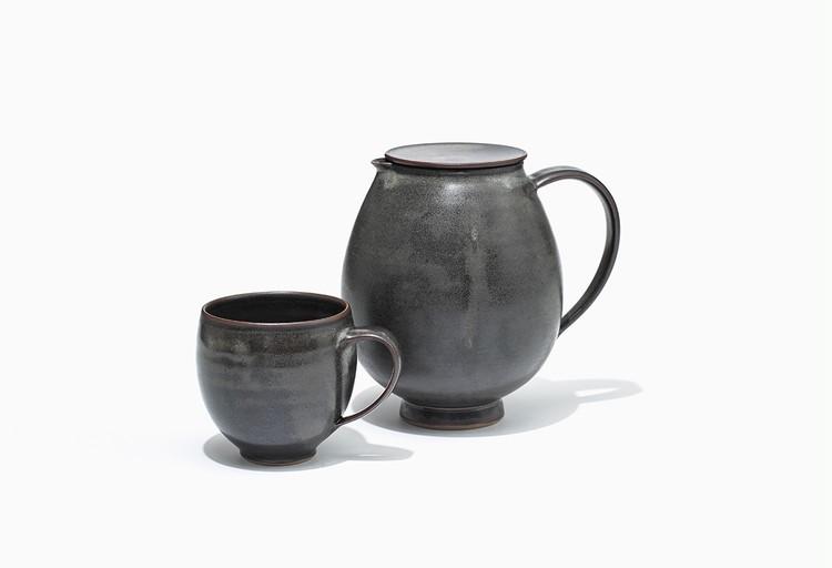 マルガレーテンヘーエ工房のピッチャーとマグカップ