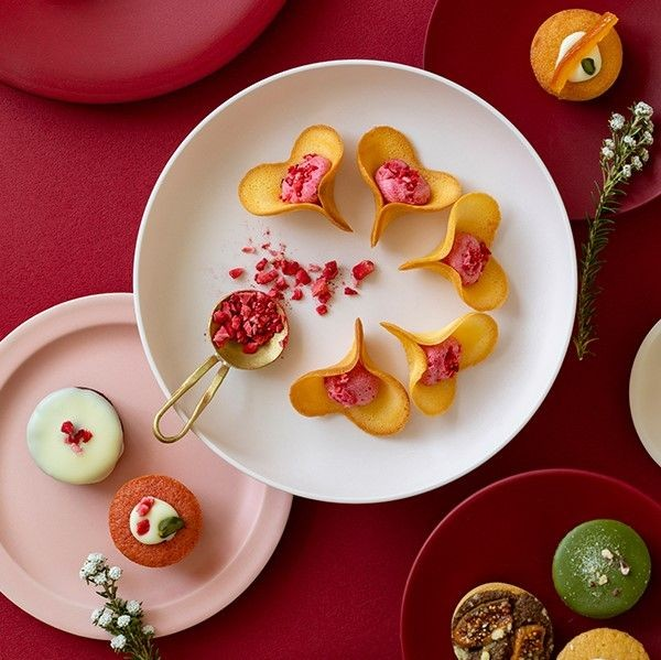 キニールの人気商品、お花のかたちのラングドシャ