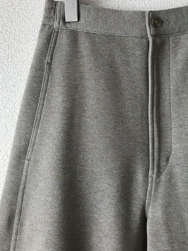 2019秋冬【ユニクロ ユー(Uniqlo U)】ワイドフィットカーブジャージーパンツを買うべき理由1