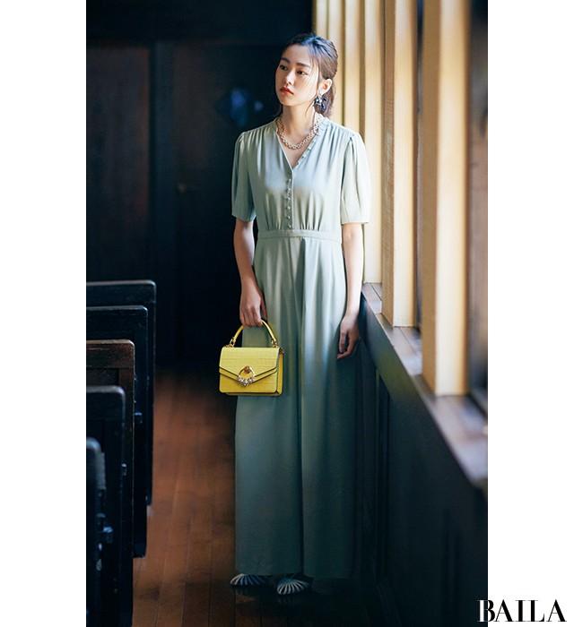 【結婚式やパーティの参考に】桐谷美玲が魅せるメリハリ上手な「ドレスアップ」_3