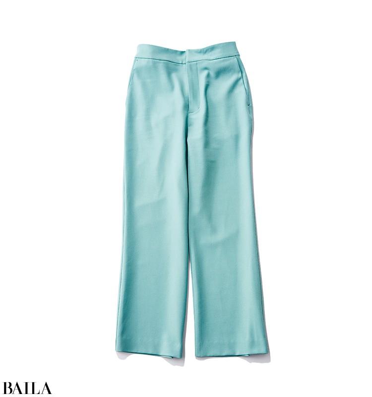 女らしい気分を盛り上げる、今っぽいカラーパンツを効かせた清楚系コーデ【2020/3/14のコーデ】_2_1