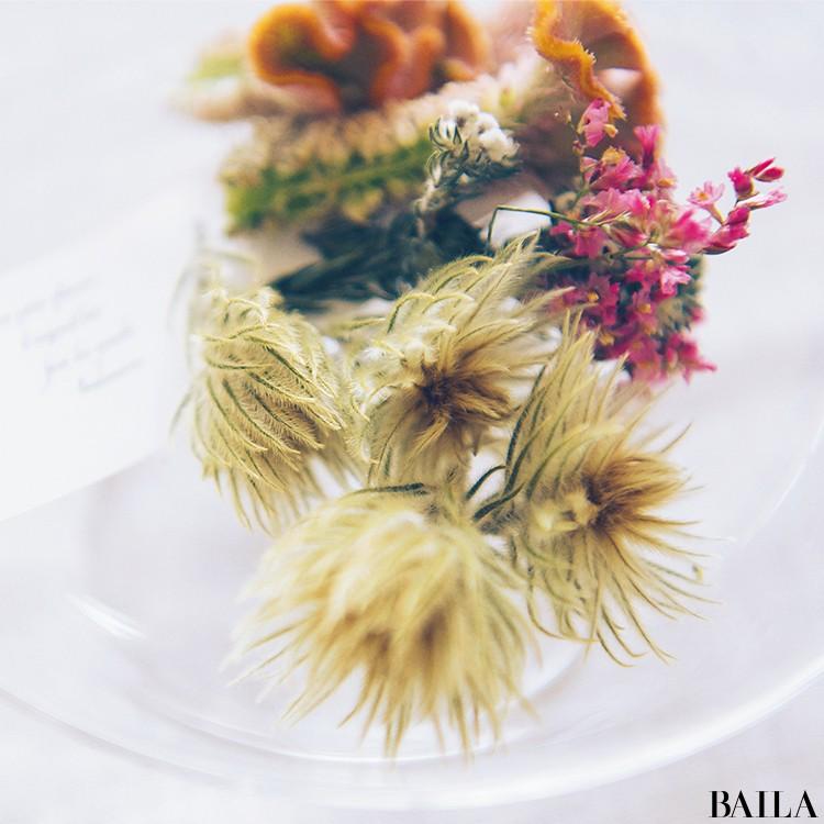 秋を呼び込む花・ケイトウを大人っぽく飾る【カトパンのあえて小さく飾る花レッスン】_8