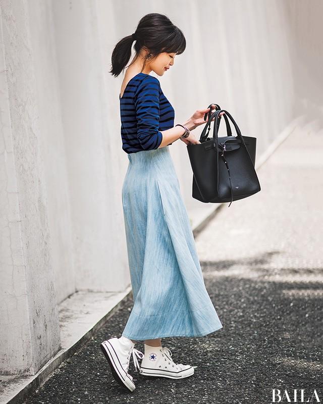 【人気スタイリスト直伝】シンプル服でもほっそり見せる真夏の6大おしゃれ術_1_6