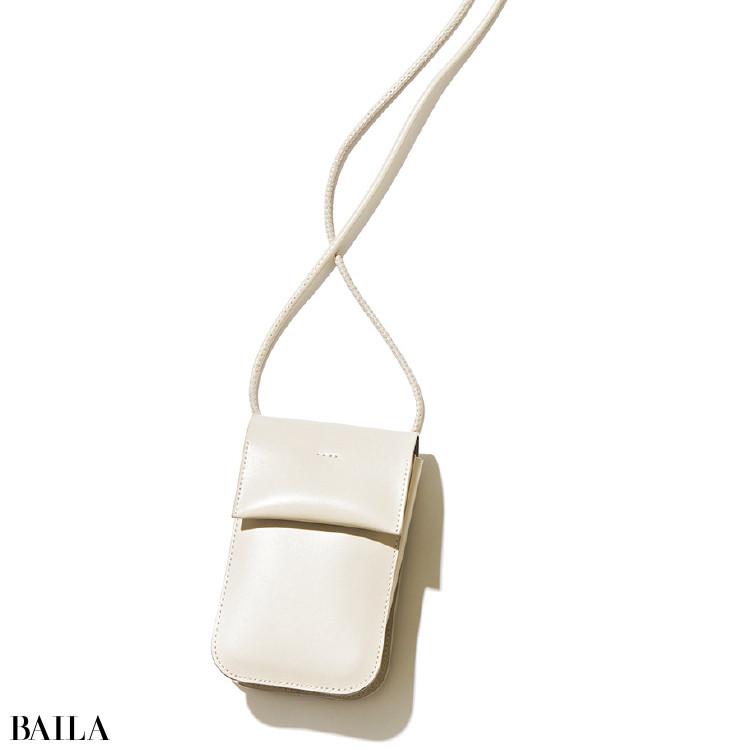 ヤーキのバッグ¥15180/ショールーム セッション(ヤーキ)