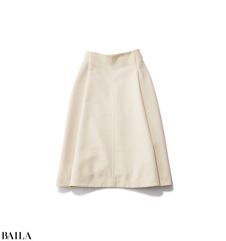 同窓会に行く日は、優しげニット×白スカートの大人の可愛げスタイル【2020/1/19のコーデ】_3_1