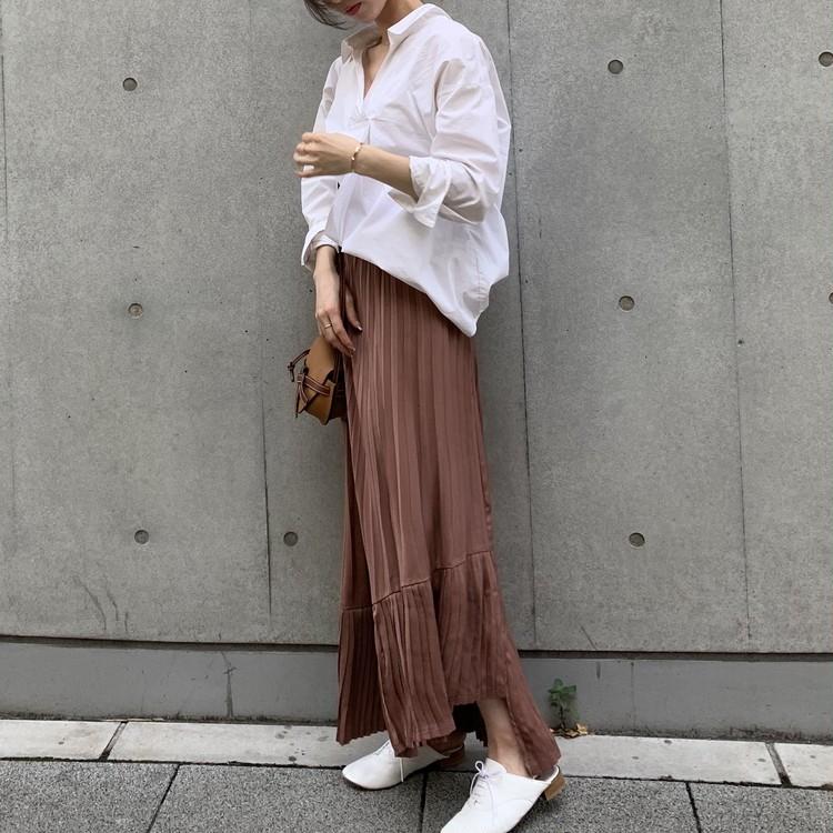白シャツ×スカート。秋はブラウンが断然おしゃれで女っぽい♡_3