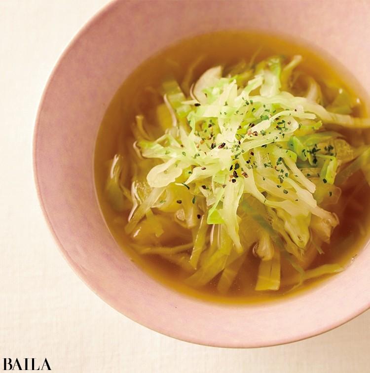 1.朝メニュー 胃にやさしいキャベツと玉ねぎで抗酸化【キャベツと玉ねぎのスープ】