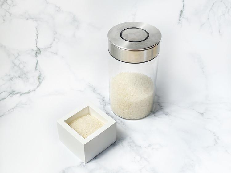お米計量カップの使用例