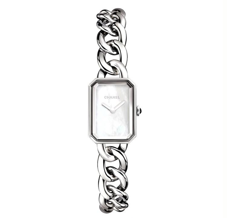 スクエアフェイスの腕時計と、美しく歳を重ねたい【30代からの名品・愛されブランドのタイムレスピース Vol.12】_2_2