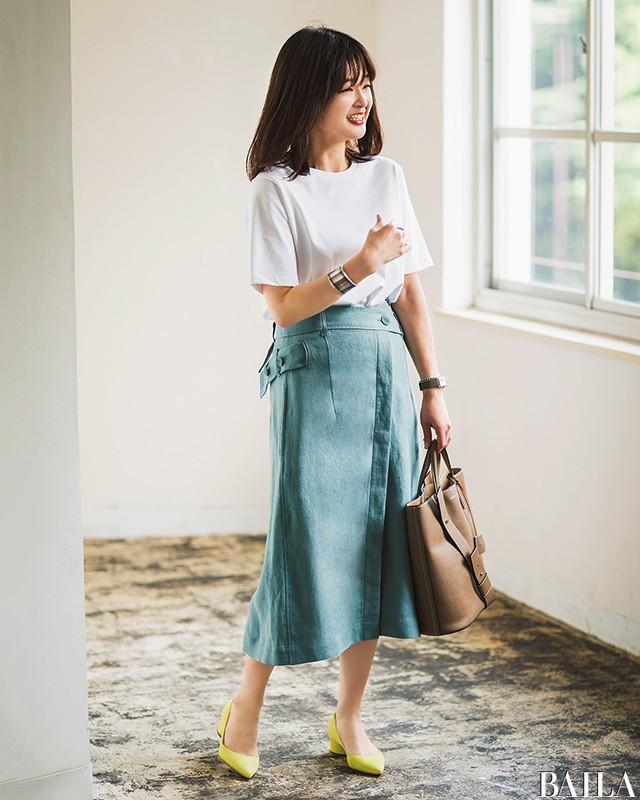 【人気スタイリスト直伝】シンプル服でもほっそり見せる真夏の6大おしゃれ術_1_2
