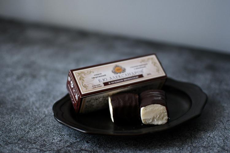 【カルディで販売されている「スィローク」】ロシア プレミアムチーズ ダークチョココーティング
