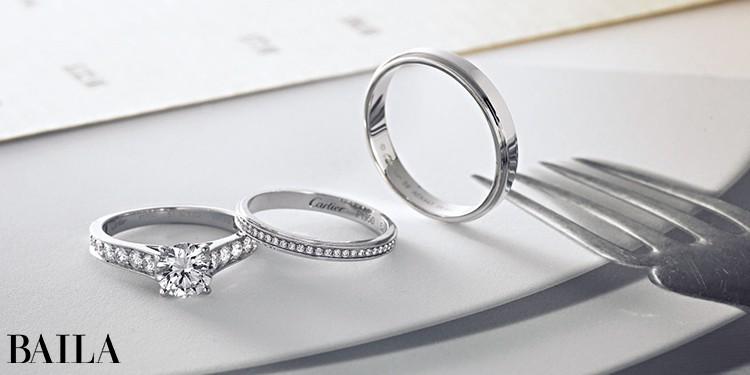 (左)「ソリテール 1895」(Pt×ダイヤモンド0.30ct〜)¥561500〜・(中)「カルティエ ダムール」(Pt×ダイヤモンド)¥382500・花婿リング(右)「カルティエ ダムール」(Pt)¥190000/カルティエ ブライダル カスタマー センター(カルティエ)