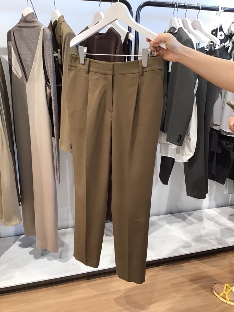 【PLST(プラステ)】2021秋冬新作展示会Comfort&Luxeパンツ