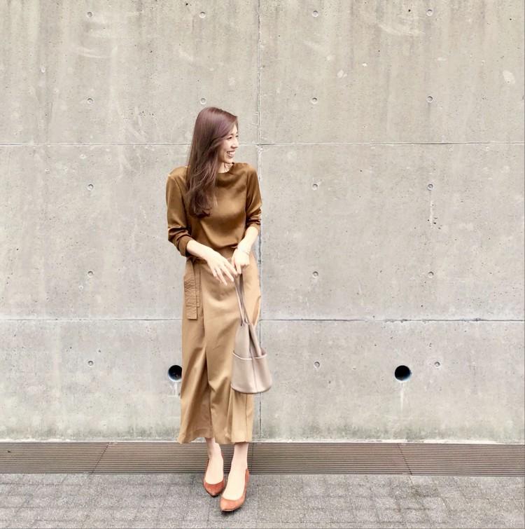【通勤コーデ】イエベ肌のブラウンワントーンコーデ_1