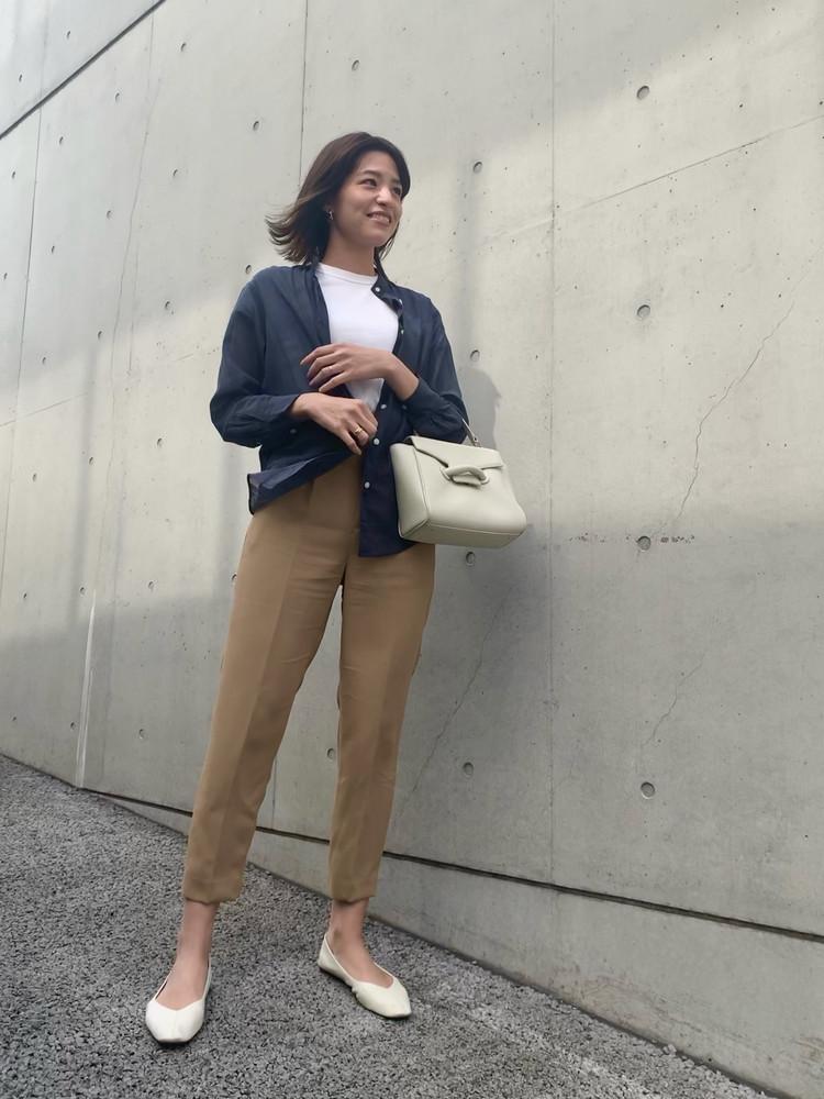 【UNIQLO/ 着回し】シアーシャツが優秀。程よい透け感とカラーが高見え!_3