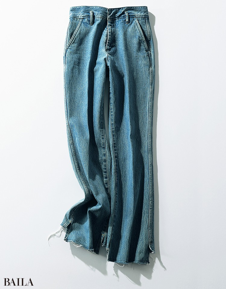 脚に自信をくれる裾デザインできれいめカジュアルを更新