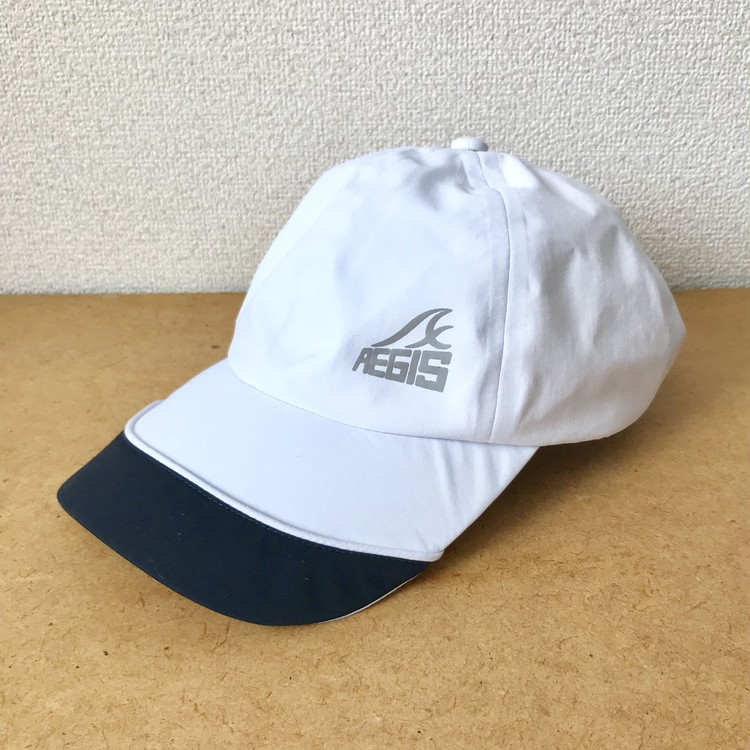 イージス防水キャップ(品番:15521/色番:001 ホワイト×ネイビー)¥1900/ワークマン