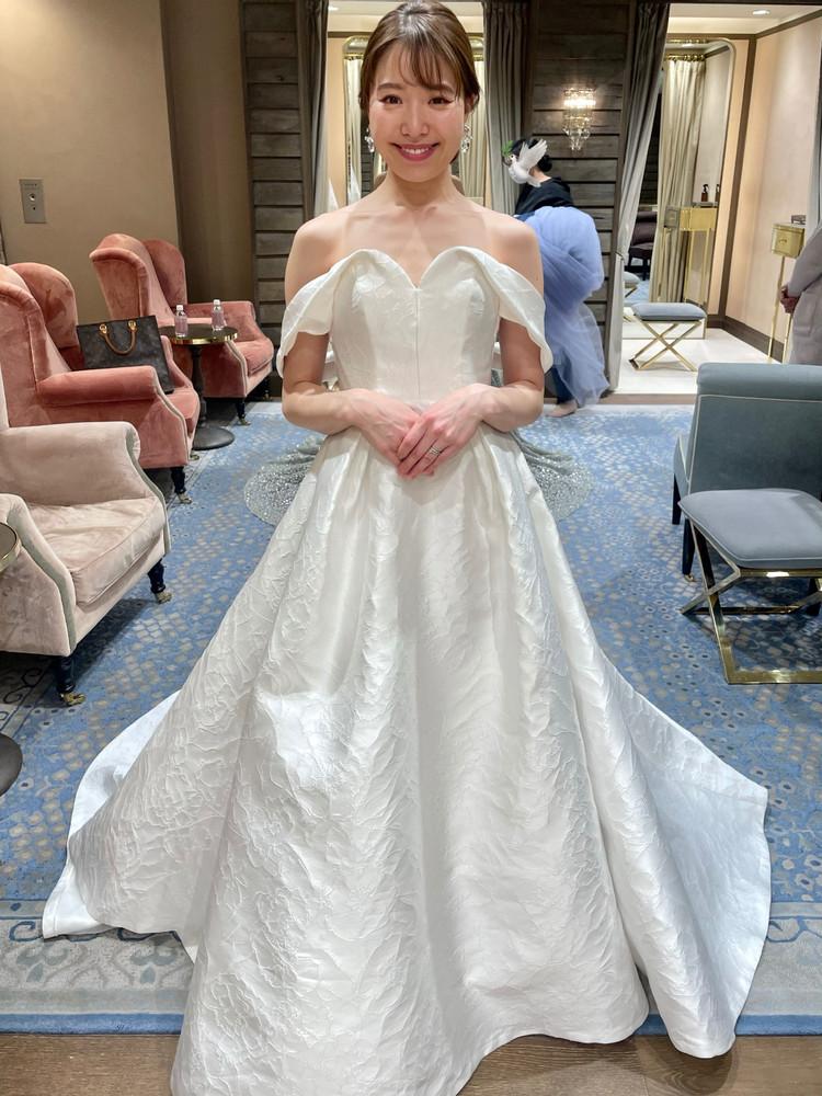 準備再開【パレス花嫁】2021SS新作ドレスを試着しました♡_5