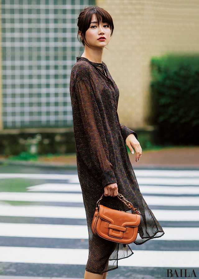 着るだけで女っぽさ3割増し♡ ヨンアの秋先取りワンピースガイド_2_5