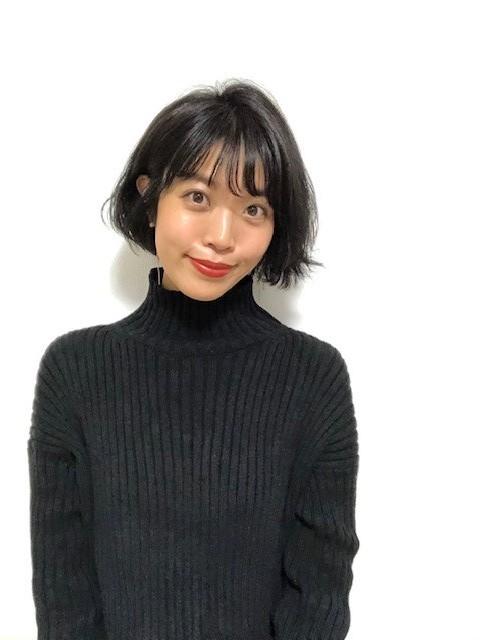 <簡単イメチェン>タートルネックとの相性◎ショート♡と、オススメヘア用品を紹介!_4_1