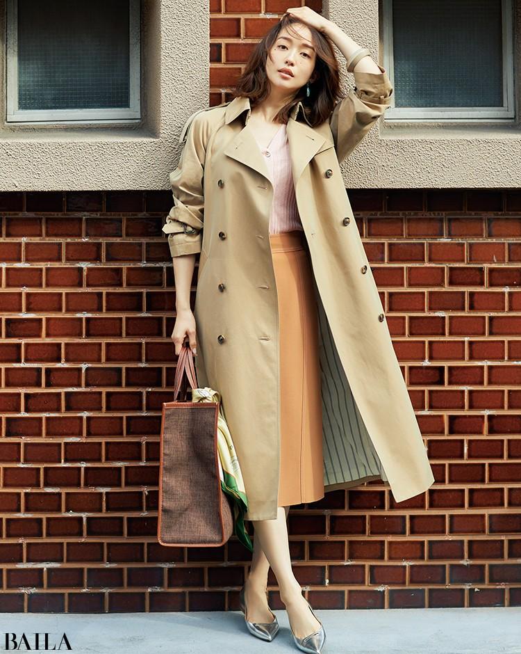 他社の新作発表会の日は、明るい雰囲気のニット×スカートで【2020/2/27 のコーデ】_1