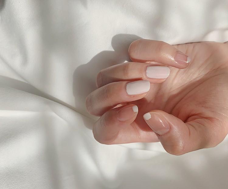 【セルフネイル】綺麗に塗らなくてもOK!塗りかけ、ちぐはぐネイルが良い感じ。_2