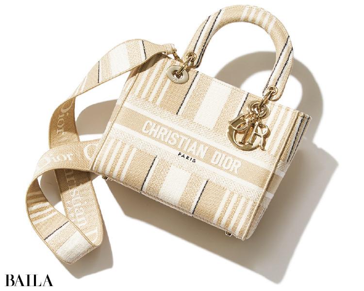 ディオールのバッグ「LADY D-LITE」
