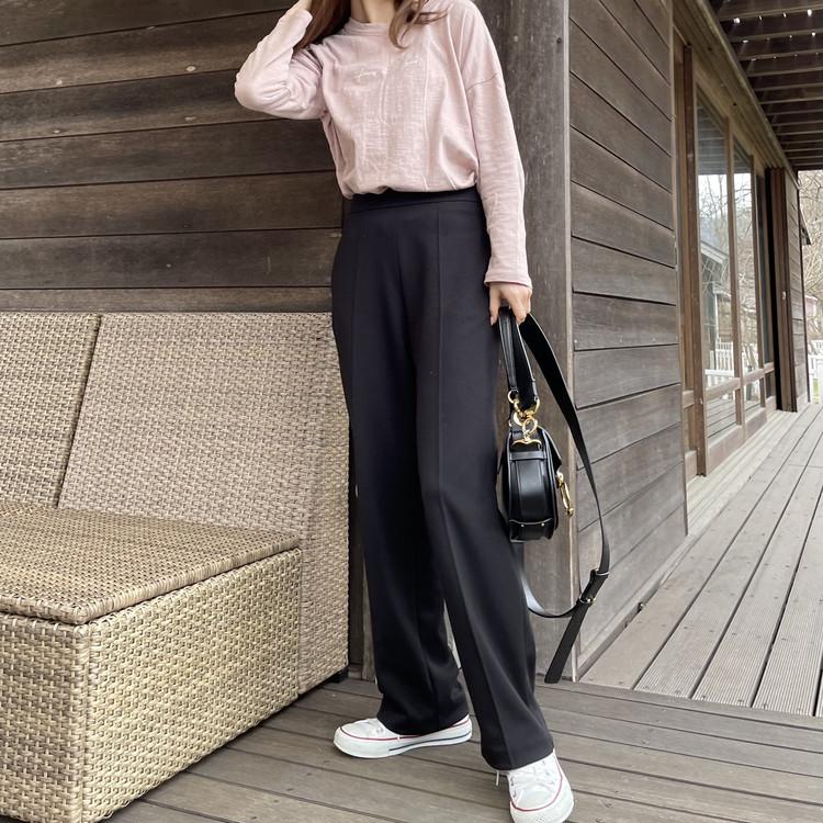 【UNIQLO着回し】楽なのに可愛い「黒パンツ」が1290円_5