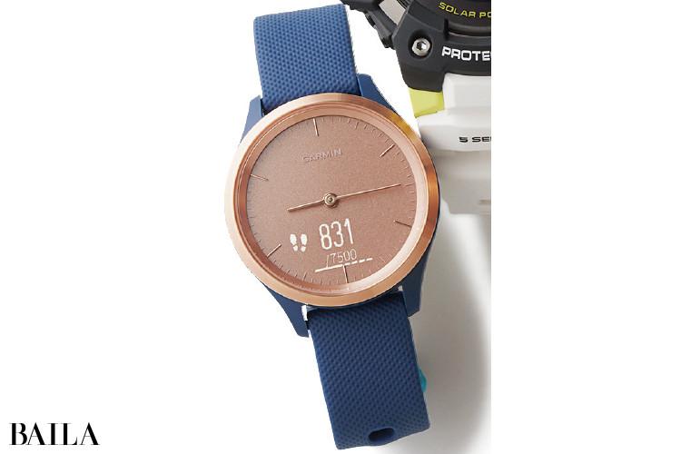 ガーミンの時計「ヴィヴォムーブ 3S ネイビー ローズゴールド」