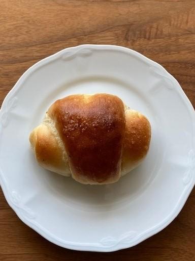 「トリュフベーカリー」の「白トリュフの塩パン」