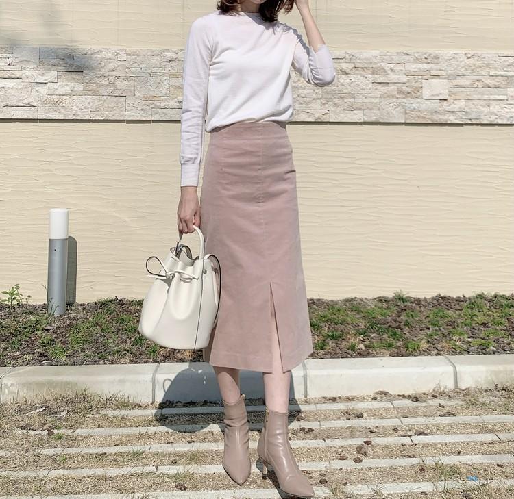 LOUNIEの桜色スカートで春コーデ_2