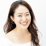 照屋杏奈さん(35歳)